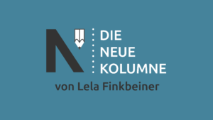 Das Logo von Die Neue Norm auf türkiesem Grund. Rechts davon steht: Die Neue Kolumne. Unten steht: Von Lela Finkbeiner